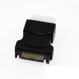 15-Pin SATA to 4-Pin Molex Connector (CAB310)